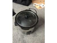 Haden slow cooker 1.5 litre almost new in condition only £10