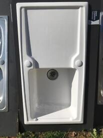 Ceramic single bowl sink