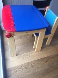 Childs desk aged 3+