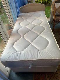 New Single divan with single mattress
