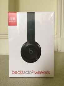BRAND NEW Beats by Dr. Dre Solo3 Wireless Headband Headphones - Gloss Black