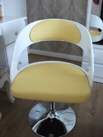 dining room chairs (new)