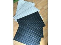 IKEA ORDENTLIG Placemats (6 pieces) Black and Cream