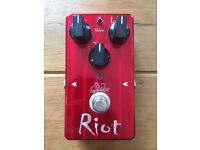 Suhr Riot - Crimson Limited Edition Distortion Pedal