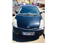 Toyota Prius black 1.5 automatic engine in excellent condition £1600 No offers accepted