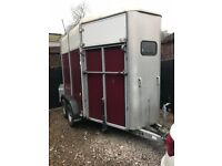 HB505H Double Horse trailer - Burgundy