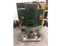 BlackSpur Plunge Router 850W - Boxed