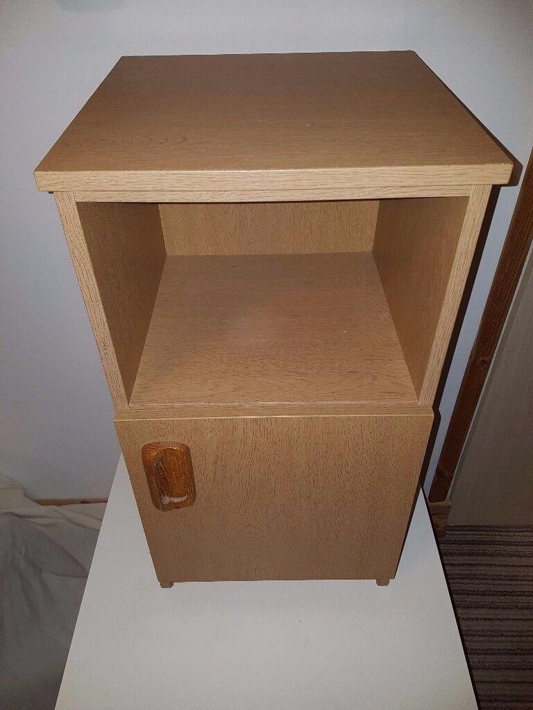 Bedside cabinet / table || Greenisland