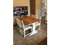 OAK DINING TABLE + 4 CHAIRS