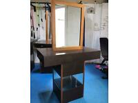 Hairdressing units (8 available and price is for 8)