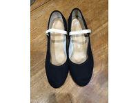 Girls Dance Shoes - Cuban Heel Syllabus size 4.5. Worn but good condition.