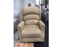 GREAT Chair!! LIFT & RECLINER