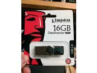 Kingston 16gb flash USB drive memory