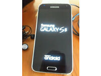 Samsung Galaxy S5 in very very good condition