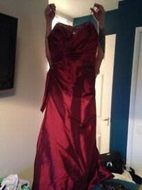 Size 12 Bridemaid/ prom dress