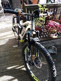 405d4ec37b3 Black Saracen Tufftrax Mountain Bike - 16