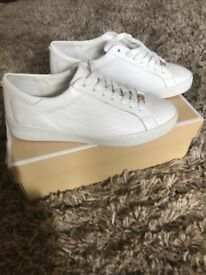 Woman's micheal kors trainers