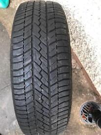 "Tyre size 14"" & Engine Oil 10w-40"