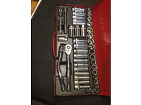 Premier simular to snap on 45pc socket set
