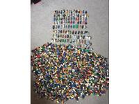 Lego 100's & 100's of Minifigures LOADS RARE
