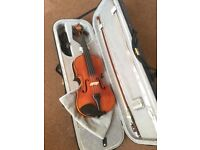 Fun-size 4/4 Violin+case+bow, very good condition, barely used