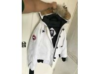 Canada Goose White Chilliwack Bomber - Medium (RRP £750) - Authentic
