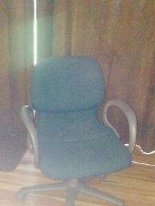Good quality blue computer chair