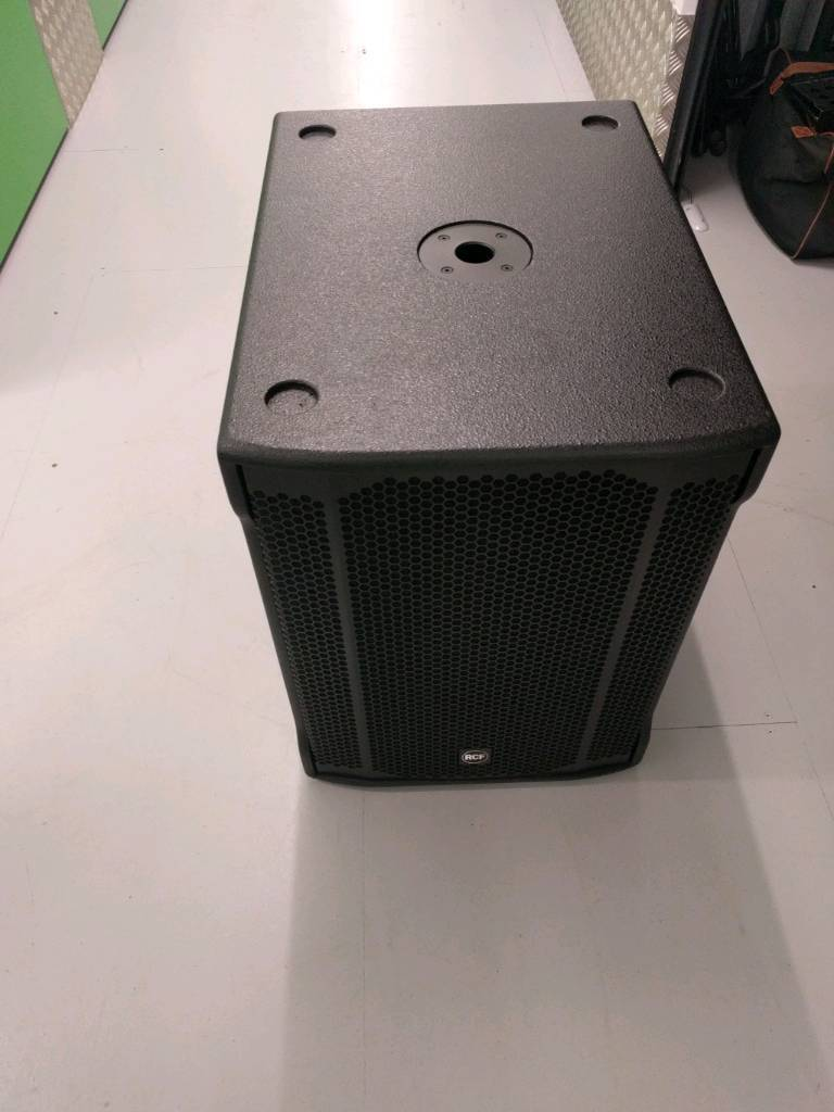 Rcf Sub 905 As Ii Active Sub In Sidcup London Gumtree