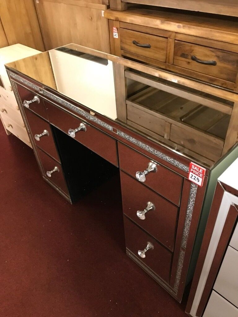 7 Drawer Fully Mirrored Crushed Dressing Table Has Damage On Left Side Bottom