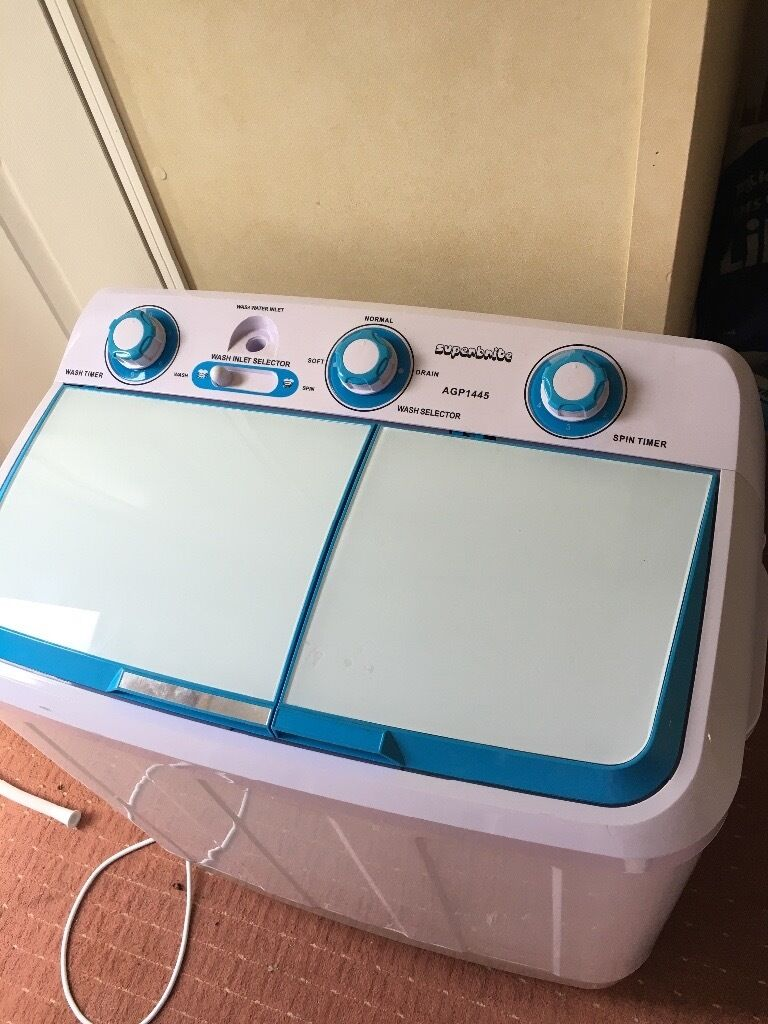 Twin tub portable washing machine