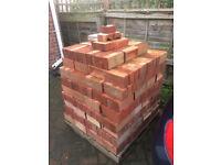 400 Reclaimed bricks, good condition. LBC georgian multi's.