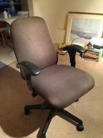 Computer office chair/Chaisse bureau ordinateur
