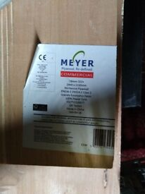 Meyer Hardwood plywood sheets 2440mm - 18mm thick - various pre cut sizes