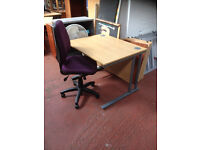1000 MM Straight Desk