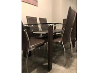 Dining Table- great condition!
