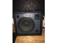Roland KC 550 Keyboard Amp with cover