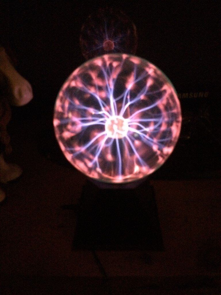 "New PLASMA Ball 6"" incredible light show at your finger tips ideal christmas present"