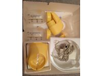 Madela breast pump £5