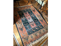 Rug , modern style . Size L 70in x W 47in Feel free to view .....