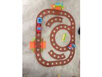 Happyland Train Track, Trains and Station