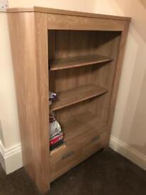 Shelving unit/ bookshelf