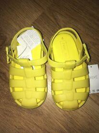 Children's Shoes BNNW