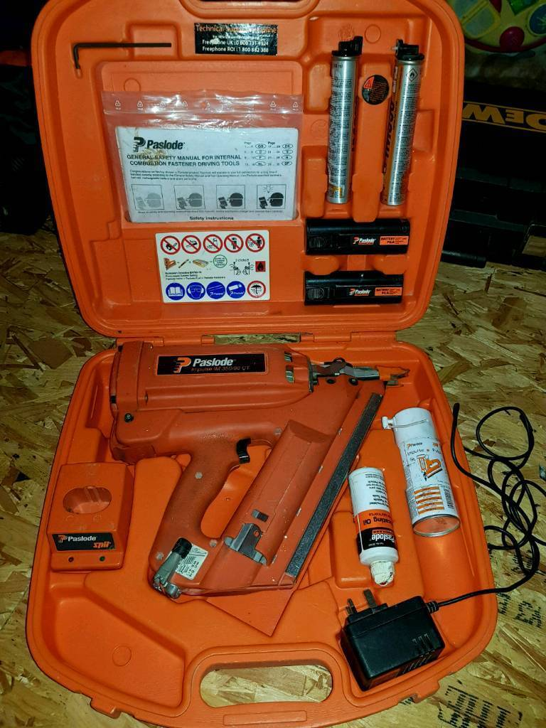 Paslode 350/90 nail gun