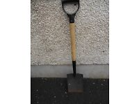 Strong spade in good condition