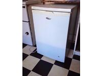 Whirlpool fridge for sale (medium, no freezer)