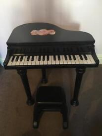 Kids plastic grand piano/keyboard and stool