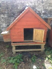 Chicken / rabbit / animal coop or hutch on stilts