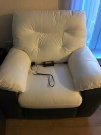 Electric Recliner with USB port
