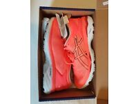 Brand New Asics Kayano 24 Ladies Running Shoes (In Original box)