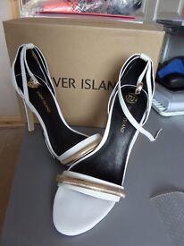 River Island Ladies Shoe (Size 7)